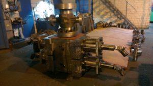 Превентор плашечный гидравлический ППГ 230х35 двойной в едином корпусе.Скрытый маслопровод.